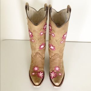Corral Circle G Floral Embroidered Cowgirl Boots 7